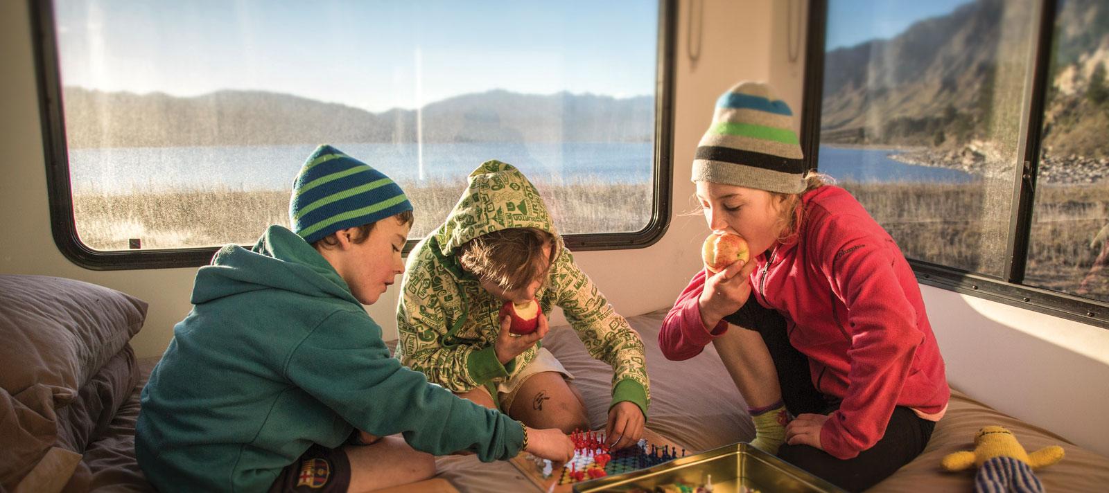 Camperreisen mit Kindern | Campermiete in Australien & Neuseeland